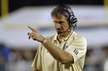 Pitt coach Dave Wannstedt directs play  against the University of Central Florida Oct. 13, 2006 in Orlando.  Pitt led at half time 38 - 0. (Photo by A. Messerschmidt/Getty Images)