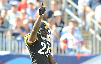 NASHVILLE, TN - SEPTEMBER 19:  Bryant McFadden  #20 of the Pittsburgh Steelers reacts after intercepting a pass against the Tennessee Titans at LP Field on September 19, 2010 in Nashville, Tennessee. The Steelers won 19-11.  (Photo by Grant Halverson/Gett
