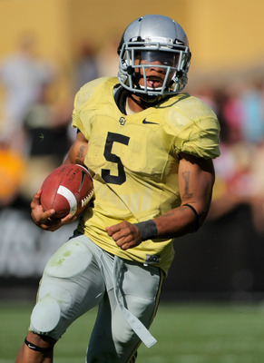 BOULDER, CO - SEPTEMBER 19:  Running back Rodney Stewart #5 of the Colorado Buffaloes rushes against the Wyoming Cowboys at Folsom Field on September 19, 2009 in Boulder, Colorado. Stewart rushed for 127 yards as the Buffaloes defeated the Cowboys 24-0.