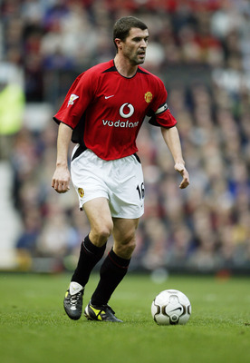 MANCHESTER - DECEMBER 13:  Roy Keane of Manchester United in action during the FA Barclaycard Premiership match between Manchester United  and Manchester City on December 13, 2003 at Old Trafford in Manchester, England.  Manchester United won the match 3-