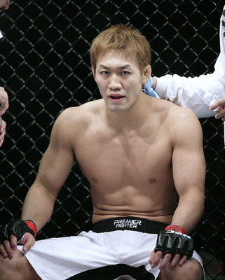 Ufc_134_how_yushin_okami_can_defeat_anderson_silva716697209_display_image
