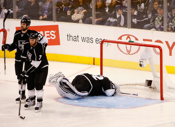 LOS ANGELES, CA - APRIL 25:  Jonathan Quick #32 of the Los Angeles Kings reacts after allowing the game winning goal in overtime to Joe Thornton #19 of the San Jose Sharks in game six of the Western Conference Quarterfinals during the 2011 NHL Stanley Cup