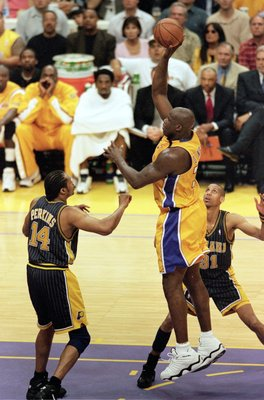 19 Jun 2000:  Shaquille O''Neal #34 of the Los Angeles Lakers makes a jump shot during the NBA Finals Game 6 against the Indiana Pacers at the Staples Center in Los Angeles, California.  The Lakers defeated the Pacers in 116-111.  NOTE TO USER: It is expr