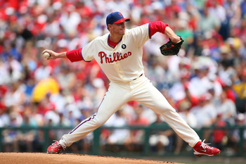 PHILADELPHIA - JULY 24: Starting pitcher Roy Halladay #34 of the Philadelphia Phillies throws a pitch during a game against the San Diego Padres at Citizens Bank Park on July 24, 2011 in Philadelphia, Pennsylvania. (Photo by Hunter Martin/Getty Images)