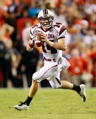 AUBURN, AL - SEPTEMBER 25: Quarterback Connor Shaw #14 of the South Carolina Gamecocks looks to throw against the Auburn Tigers at Jordan-Hare Stadium on September 25, 2010 in Auburn, Alabama. (Photo by Kevin C. Cox/Getty Images)