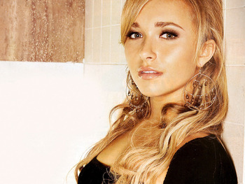 Hayden-panettiere-actresses-777556_1024_768_display_image