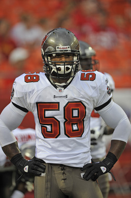 KANSAS CITY, MO - AUGUST 12:  Linebacker Quincy Black #58 of the Tampa Bay Buccaneers before a game against the Kansas City Chiefs on August 12, 2011 at Arrowhead Stadium in Kansas City, Missouri.  (Photo by Peter Aiken/Getty Images)