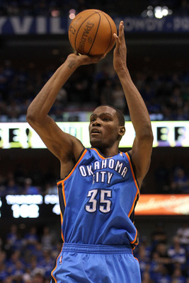 DALLAS, TX - MAY 19:  Kevin Durant #35 of the Oklahoma City Thunder shoots a jumper while taking on the Dallas Mavericks in Game Two of the Western Conference Finals during the 2011 NBA Playoffs at American Airlines Center on May 19, 2011 in Dallas, Texas