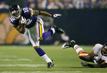 Percy Harvin shakes off a tackle his rookie season.