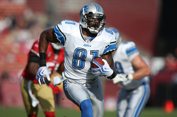 SAN FRANCISCO - DECEMBER 27:  Calvin Johnson #31 of the Detroit Lions runs after a catch against the San Francisco 49ers during an NFL game at Candlestick Park on December 27, 2009 in San Francisco, California.  (Photo by Jed Jacobsohn/Getty Images)