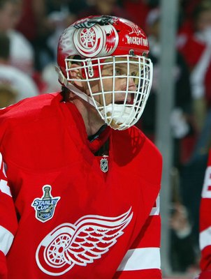 DETROIT - MAY 24: Dominik Hasek #39 of the Detroit Red Wings warms up before playing the Pittsburgh Penguins during game one of the 2008 NHL Stanley Cup Finals at Joe Louis Arena on May 24, 2008 in Detroit, Michigan. The Red Wings defeated the Penguins 4-