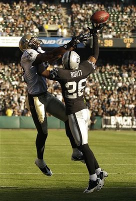 Saints_raiders_football_89045_team_display_image