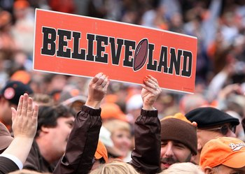 CLEVELAND - OCTOBER 04:  A fan of the Cleveland Browns cheers on his team as they play the Cincinnati Bengals at Cleveland Browns Stadium on October 4, 2009 in Cleveland, Ohio.  (Photo by Jim McIsaac/Getty Images)