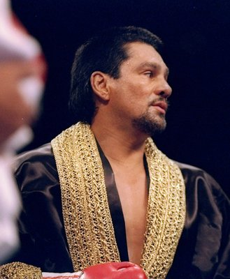 25 Jun 1994: Roberto Duran looks on during his bout against Vinny Pazienza in Las Vegas, Nevada.