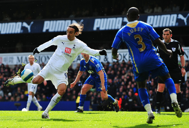LONDON - MARCH 22:  Dimitar Berbatov of Tottenham takes a shot on goal during the Barclays Premier League match between Tottenham Hotspur and Portsmouth at White Hart Lane on March 22, 2008 in London, England.  (Photo by Shaun Botterill/Getty Images)