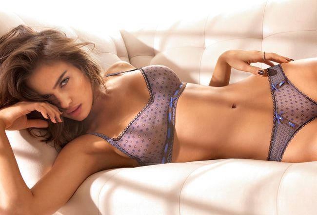 Irina-shayk-wallpaper-015_crop_650x440