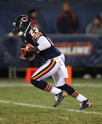 CHICAGO - NOVEMBER 28: Devin Hester #23 of the Chicago Bears returns a kick against the Philadelphia Eagles at Soldier Field on November 28, 2010 in Chicago, Illinois. The Bears defeated the Eagles 31-26. (Photo by Jonathan Daniel/Getty Images)
