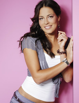12anaivanovic_display_image