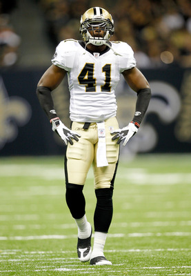 NEW ORLEANS, LA - AUGUST 12: Roman Harper # 41 of the New Orleans Saints looks on as his team plays the San Francisco 49ers during their pre season game at Louisiana Superdome on August 12, 2011 in New Orleans, Louisiana.  (Photo by Sean Gardner/Getty Ima