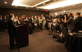 NEW YORK - APRIL 20: NHL Gary Bettman addreses the media following the National Hockey League Board of Governors meeting at the Westin New York Hotel on April 20, 2005 in New York City. Representatives from all 30 NHL teams met in New York for the second