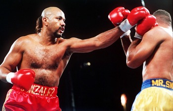 6 NOV 1993:  JORGE LUIS GONZALEZ IN ACTION DURING HIS FIGHT AGAINST RENALDO SNIPES IN LAS VEGAS. Mandatory Credit: Holly Stein/ALLSPORT