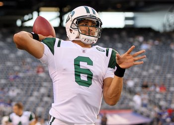 EAST RUTHERFORD, NJ - AUGUST 29:  Mark Sanchez #6 of the New York Jets warms up before playing against the New York Giants during their pre season game on August 29, 2011 at MetLife Stadium in East Rutherford, New Jersey.  (Photo by Jim McIsaac/Getty Imag
