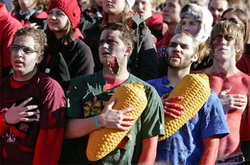 Nebraska_fans_gal_640_display_image