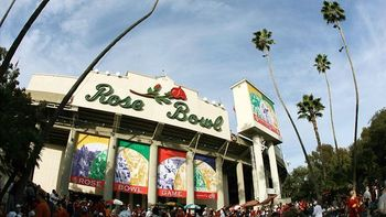 Uclarosebowl_display_image