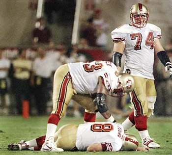 49ers-youngfaint_ex_display_image