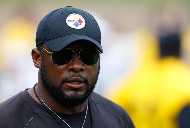 LATROBE, PA - JULY 29:  Head coach Mike Tomlin of the Pittsburgh Steelers walks around during training camp on July 29, 2011 at St Vincent College in Latrobe, Pennsylvania.  (Photo by Jared Wickerham/Getty Images)