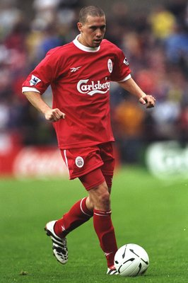 31 Jul 1998:  Sean Dundee of Liverpool on the ball during the pre-season tournament match against St Patricks Athletic in Dublin, Republic of Ireland. Liverpool won the match 3-2. \ Mandatory Credit: Clive  Brunskill/Allsport