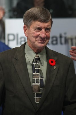 TORONTO, ON - NOVEMBER 08:  Hockey Hall of Famer Ted Lindsay looks on before the Toronto Maple Leafs game against the Montreal Canadiens on November 8, 2008 at the Air Canada Centre in Toronto, Ontario, Canada.  (Photo by Bruce Bennett/Getty Images)