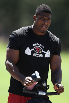 FLAGSTAFF, AZ - AUGUST 04:  Safety Adrian Wilson #24 of the Arizona Cardinals arrives to practice during the team training camp at Northern Arizona University on August 4, 2011 in Flagstaff, Arizona.  (Photo by Christian Petersen/Getty Images)