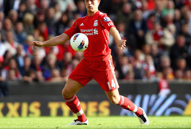 LIVERPOOL, ENGLAND - AUGUST 27:  Jordan Henderson of Liverpool controls the ball during the Barclays Premier League match between Liverpool and Bolton Wanderers at Anfield on August 27, 2011 in Liverpool, England.  (Photo by Clive Brunskill/Getty Images)