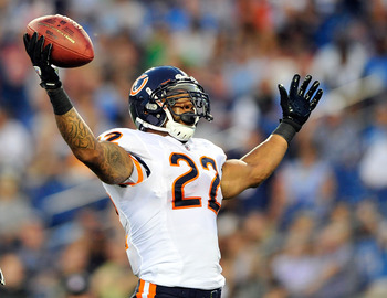NASHVILLE, TN - AUGUST 27:  Matt Forte #22 of the Chicago Bears celebrates after scoring a touchdown against the Tennessee Titans during a preseason game at LP Field on August 27, 2011 in Nashville, Tennessee.  (Photo by Grant Halverson/Getty Images)