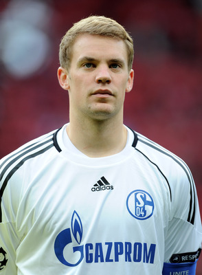 MANCHESTER, ENGLAND - MAY 04:  Manuel Neuer of Schalke lines up prior to the UEFA Champions League Semi Final second leg match between Manchester United and Schalke at Old Trafford on May 4, 2011 in Manchester, England.  (Photo by Michael Regan/Getty Imag