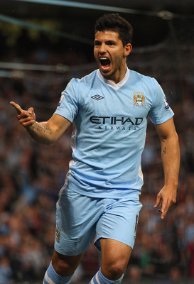 Sergio Aguero scores on EPL debut