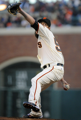 SAN FRANCISCO, CA - AUGUST 29: Tim Lincecum #55 of the San Francisco Giants pitches against the Chicago Cubs in the first inning during a MLB baseball game at AT&T Park August 29, 2011 in San Francisco, California. (Photo by Thearon W. Henderson/Getty Ima