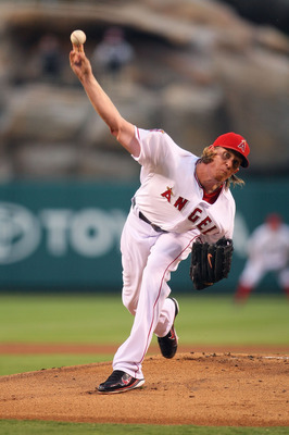 ANAHEIM, CA - AUGUST 24:  Pitcher Jered Weaver #36 of the Los Angeles Angels of Anaheim pitches in the first inning against the Chicago White Sox during the MLB game at Angel Stadium of Anaheim on August 24, 2011 in Anaheim, California.  (Photo by Victor