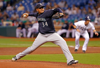 ST PETERSBURG, FL - AUGUST 19:  :  Pitcher Felix Hernandez #34 of the Seattle Mariners pitches against the Tampa Bay Rays during the game at Tropicana Field on August 19, 2011 in St. Petersburg, Florida.  (Photo by J. Meric/Getty Images)