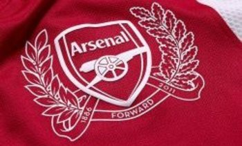 New-nike-arsenal-kit-05_2592414_display_image