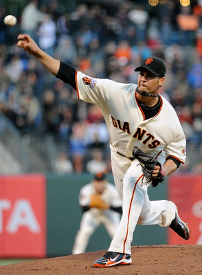 SAN FRANCISCO, CA - AUGUST 30: Ryan Vogelsong #32 of the San Francisco Giants pitches against the Chicago Cubs in the first inning during an MLB baseball game at AT&T Park on August 30, 2011 in San Francisco, California.  (Photo by Thearon W. Henderson/Ge