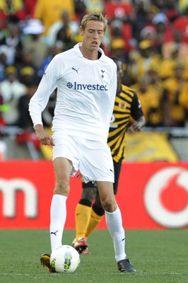 POLOKWANE, SOUTH AFRICA - JULY 16:  Peter Crouch of Tottenham during the 2011 Vodacom Challenge match between Kaizer Chiefs and Tottenham Hotspur at Peter Mokaba Stadium on July 16, 2011 in Polokwane, South Africa.  (Photo by Lefty Shivmabu/Gallo Images/G