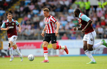 BURNLEY, UNITED KINGDOM - JULY 30: Connor Wickham (C) of Sunderland in action during the pre season friendly match between Burnley and Sunderland at Turf Moor on July 30, 2011 in Burnley, England. (Photo by Clint Hughes/Getty Images)