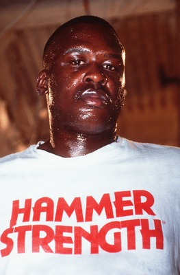 26 SEP 1990:  JAMES BUSTER DOUGLAS AT THE MIRAGE HOTEL IN LAS VEGAS, NEVADA DURING A TRAINING SESSION FOR HIS FIGHT WITH EVANDER HOLYFIELD. Mandatory Credit: Tony Duffy/ALLSPORT