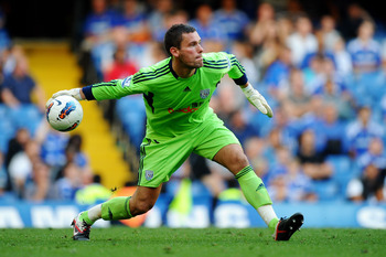 LONDON, ENGLAND - AUGUST 20:  Goalkeeper Ben Foster of West Brom in action during the Barclays Premier League match between Chelsea and West Bromwich Albion at Stamford Bridge on August 20, 2011 in London, England.  (Photo by Laurence Griffiths/Getty Imag