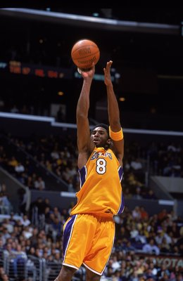 15 Dec 2000:  Kobe Bryant #8 of the Los Angeles Lakers jumps to shoot the ball during the game against the Vancouver Grizzlies at the STAPLES Center in Los Angeles, California.  The Lakers defeated the Grizzlies 98-76.    NOTE TO USER: It is expressly und