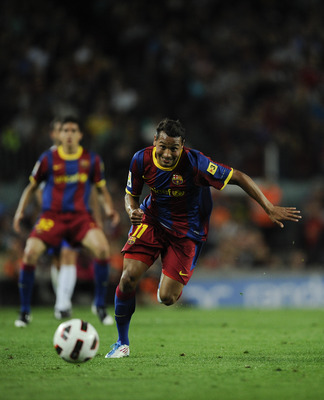 BARCELONA, SPAIN - MAY 15:  Jeffren of FC Barcelona runs with the ball during the La Liga match between Barcelona and Deportivo La Coruna at Camp Nou Stadium on May 15, 2011 in Barcelona, Spain.  (Photo by David Ramos/Getty Images)