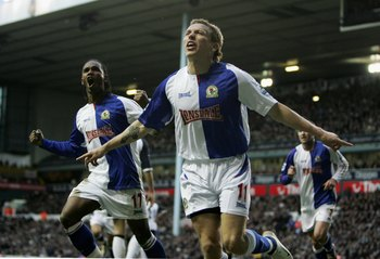 LONDON - MARCH 05:  Blackburns Craig Bellamy celebrates after scoring his teams second goal during the Barclays Premiership match between Tottenham Hotspur and Blackburn Rovers at White Hart Lane on March 5, 2006 in London, England.  (Photo by Phil Cole/G