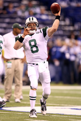 INDIANAPOLIS, IN - JANUARY 08:  Mark Brunell #8 of the New York Jets warms up against the Indianapolis Colts during their 2011 AFC wild card playoff game at Lucas Oil Stadium on January 8, 2011 in Indianapolis, Indiana. The Jets won 17-16. (Photo by Andy